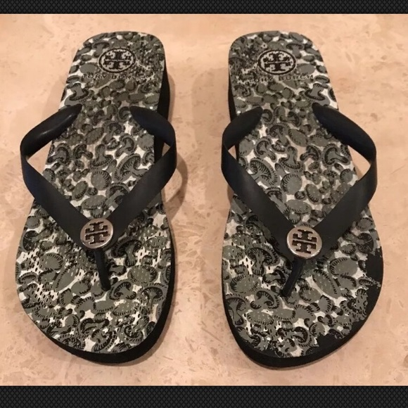 7db00c0cb Tory Burch Shoes - TORY BURCH Cute Platform Flip Flop Sandals Sz 9.5